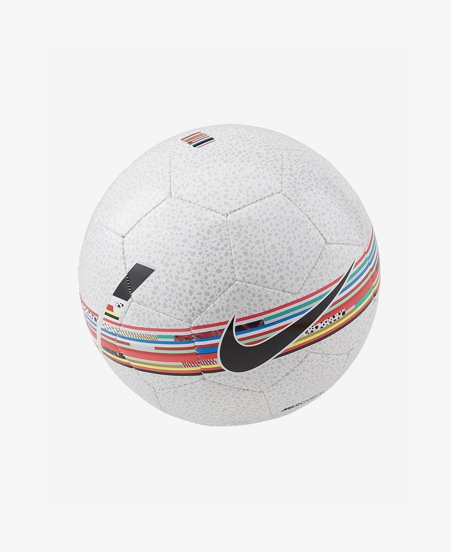 Nike ballon de soccer...